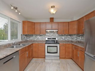 Photo 5: 21077 118TH Avenue in Maple Ridge: Southwest Maple Ridge House for sale : MLS®# R2259187