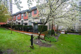 Photo 19: 829 AGNES STREET in New Westminster: Downtown NW Townhouse for sale : MLS®# R2257074