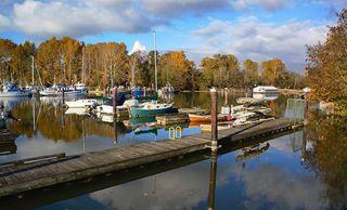 "Photo 38: 36 5550 ADMIRAL Way in Delta: Neilsen Grove Condo for sale in ""Fairwinds"" (Ladner)  : MLS®# R2265477"