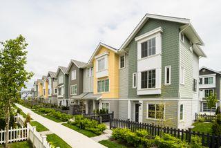 "Photo 2: 36 5550 ADMIRAL Way in Delta: Neilsen Grove Condo for sale in ""Fairwinds"" (Ladner)  : MLS®# R2265477"