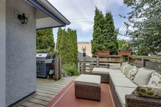 Photo 19: 2391 W 10TH Avenue in Vancouver: Kitsilano House 1/2 Duplex for sale (Vancouver West)  : MLS®# R2265722