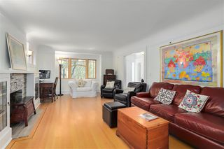 Photo 3: 2391 W 10TH Avenue in Vancouver: Kitsilano House 1/2 Duplex for sale (Vancouver West)  : MLS®# R2265722