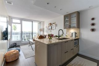 """Photo 8: 606 5665 BOUNDARY Road in Vancouver: Collingwood VE Condo for sale in """"Wall Centre"""" (Vancouver East)  : MLS®# R2266234"""