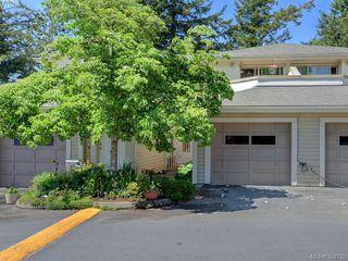 Photo 1: 29 850 Parklands Dr in VICTORIA: Es Gorge Vale Row/Townhouse for sale (Esquimalt)  : MLS®# 788300