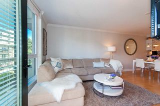 """Photo 3: 504 160 W 3RD Street in North Vancouver: Lower Lonsdale Condo for sale in """"ENVY"""" : MLS®# R2285405"""