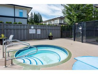 Photo 17: 415 1153 KENSAL Place in Coquitlam: New Horizons Condo for sale : MLS®# R2287117