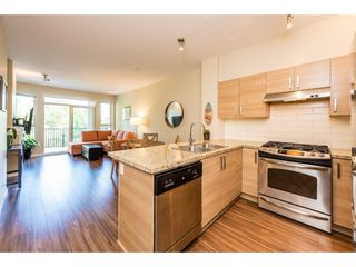 Photo 3: 415 1153 KENSAL Place in Coquitlam: New Horizons Condo for sale : MLS®# R2287117