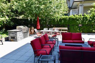 """Photo 24: 208 2940 KING GEORGE Boulevard in Surrey: King George Corridor Condo for sale in """"High Street"""" (South Surrey White Rock)  : MLS®# R2305560"""
