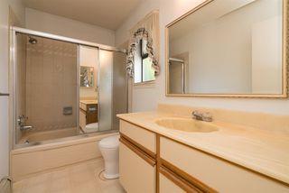 Photo 15: 15335 COLUMBIA Avenue: White Rock House for sale (South Surrey White Rock)  : MLS®# R2309099