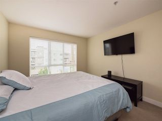 "Photo 17: 420 15735 CROYDON Drive in Surrey: Grandview Surrey Condo for sale in ""The Main"" (South Surrey White Rock)  : MLS®# R2312113"