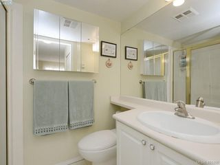 Photo 12: 404 545 Manchester Road in VICTORIA: Vi Burnside Condo Apartment for sale (Victoria)  : MLS®# 401100