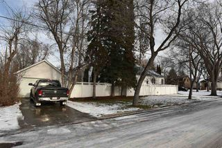 Photo 13: 10306 - 138 Street in Edmonton: Zone 11 House for sale : MLS®# E4136491