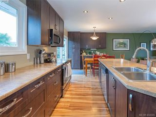 Photo 5: 1117 Clarke Rd in BRENTWOOD BAY: CS Brentwood Bay Single Family Detached for sale (Central Saanich)  : MLS®# 803939