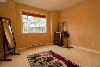 Photo 13: 921 Cavalcade Terr in VICTORIA: La Florence Lake Single Family Detached for sale (Langford)  : MLS®# 804055