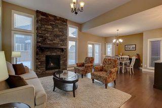 Photo 6: 2027 90 Street SW in Edmonton: Zone 53 House for sale : MLS®# E4140443