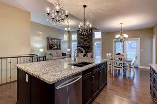 Photo 11: 2027 90 Street SW in Edmonton: Zone 53 House for sale : MLS®# E4140443