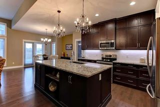 Photo 7: 2027 90 Street SW in Edmonton: Zone 53 House for sale : MLS®# E4140443