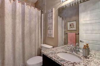 Photo 16: 2027 90 Street SW in Edmonton: Zone 53 House for sale : MLS®# E4140443