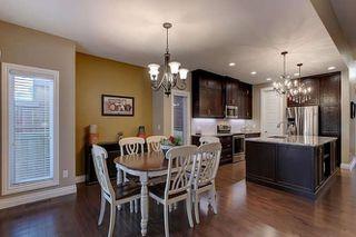 Photo 10: 2027 90 Street SW in Edmonton: Zone 53 House for sale : MLS®# E4140443