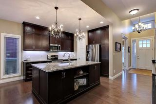 Photo 9: 2027 90 Street SW in Edmonton: Zone 53 House for sale : MLS®# E4140443