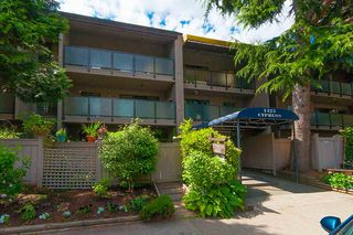 "Photo 14: 301 1425 CYPRESS Street in Vancouver: Kitsilano Condo for sale in ""CYPRESS WEST"" (Vancouver West)  : MLS®# R2335095"