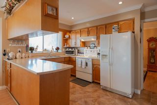 Photo 7: 9170 132B Street in Surrey: Queen Mary Park Surrey House for sale : MLS®# R2347172