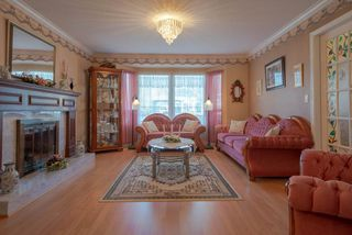 Photo 2: 9170 132B Street in Surrey: Queen Mary Park Surrey House for sale : MLS®# R2347172