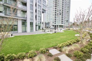 "Photo 19: 1705 4900 LENNOX Lane in Burnaby: Metrotown Condo for sale in ""THE PARK"" (Burnaby South)  : MLS®# R2352671"