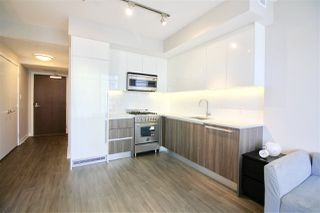 "Photo 5: 1705 4900 LENNOX Lane in Burnaby: Metrotown Condo for sale in ""THE PARK"" (Burnaby South)  : MLS®# R2352671"