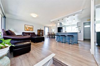 Photo 11: 11140 BRAESIDE Drive SW in Calgary: Braeside Detached for sale : MLS®# C4237369