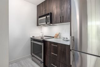 """Photo 11: 305 5 K DE K Court in New Westminster: Quay Condo for sale in """"Quayside Terrace"""" : MLS®# R2366534"""