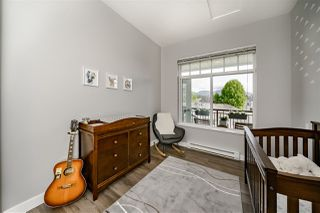 Photo 14: 401 2353 MARPOLE Avenue in Port Coquitlam: Central Pt Coquitlam Condo for sale : MLS®# R2369908
