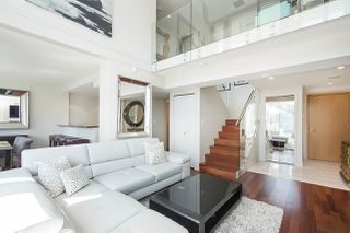 """Photo 7: 803 499 BROUGHTON Street in Vancouver: Coal Harbour Condo for sale in """"DENIA"""" (Vancouver West)  : MLS®# R2373503"""