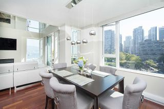 """Photo 9: 803 499 BROUGHTON Street in Vancouver: Coal Harbour Condo for sale in """"DENIA"""" (Vancouver West)  : MLS®# R2373503"""