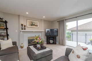 Photo 4: 8839 214 Place in Langley: Walnut Grove House for sale : MLS®# R2374521
