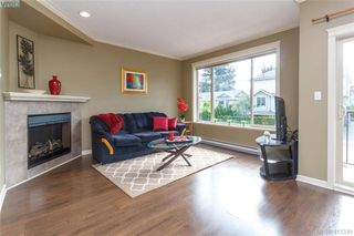 Photo 6: 107 2920 Phipps Road in VICTORIA: La Langford Proper Row/Townhouse for sale (Langford)  : MLS®# 413339