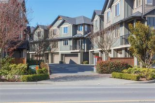 Photo 2: 107 2920 Phipps Road in VICTORIA: La Langford Proper Row/Townhouse for sale (Langford)  : MLS®# 413339