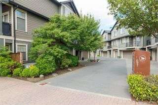 Photo 3: 107 2920 Phipps Road in VICTORIA: La Langford Proper Row/Townhouse for sale (Langford)  : MLS®# 413339