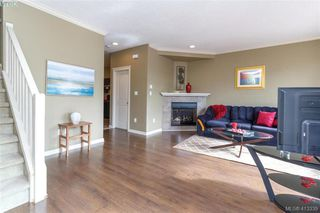 Photo 7: 107 2920 Phipps Road in VICTORIA: La Langford Proper Row/Townhouse for sale (Langford)  : MLS®# 413339