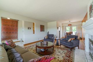 Photo 3: 4576 ROYAL OAK Avenue in Burnaby: Deer Lake Place House for sale (Burnaby South)  : MLS®# R2409231