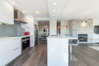 "Photo 6: 906 1500 HORNBY Street in Vancouver: Yaletown Condo for sale in ""888 BEACH"" (Vancouver West)  : MLS®# R2417560"