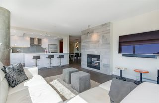 "Photo 3: 906 1500 HORNBY Street in Vancouver: Yaletown Condo for sale in ""888 BEACH"" (Vancouver West)  : MLS®# R2417560"