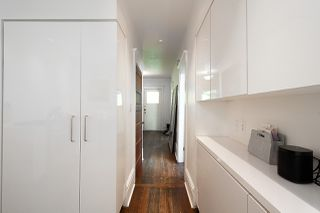 "Photo 13: 621 PRINCESS Avenue in Vancouver: Strathcona House for sale in ""STRATHCONA"" (Vancouver East)  : MLS®# R2459685"