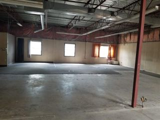 Photo 4: 8830 YELLOWHEAD Trail NW in Edmonton: Zone 08 Industrial for sale or lease : MLS®# E4201058