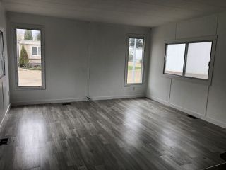 Photo 6: 903 West Coast Place in Edmonton: Zone 59 Mobile for sale : MLS®# E4204220