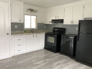 Photo 3: 903 West Coast Place in Edmonton: Zone 59 Mobile for sale : MLS®# E4204220