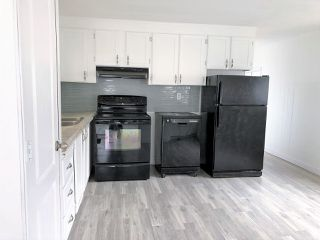 Photo 2: 903 West Coast Place in Edmonton: Zone 59 Mobile for sale : MLS®# E4204220