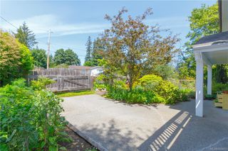 Photo 4: 6797 Rhodonite Dr in Sooke: Sk Broomhill Single Family Detached for sale : MLS®# 840403