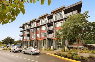 Photo 1: 206 7162 West Saanich Rd in Central Saanich: CS Brentwood Bay Condo for sale : MLS®# 840972