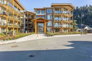 "Photo 1: 307 45746 KEITH WILSON Road in Chilliwack: Vedder S Watson-Promontory Condo for sale in ""ENGLEWOOD COURTYARD"" (Sardis)  : MLS®# R2501925"